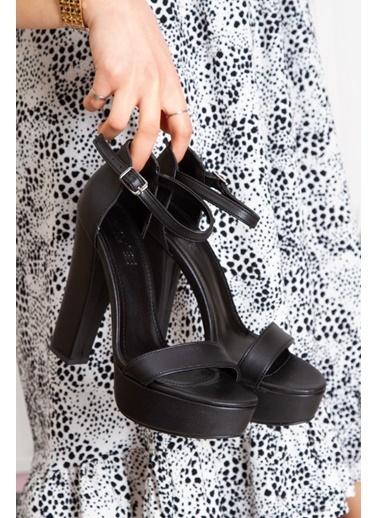 Derithy Lakove Topuklu Ayakkabı-Platın-Byc7308 Siyah